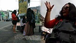 Mengaku Preman, Wanita Bercelana Pendek Cela Pakaian 4 Perempuan usai Aksi Damai 115