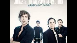 Jonas & The Massive Attraction chante encore