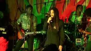 """Keznamdi - """"Darkness"""" Live"""