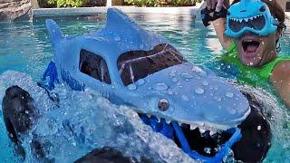 RC Megalodon Storm Waterproof Monster Truck in my Pool !    Unboxing Review    Konas2002