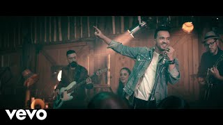 Luis Fonsi - Sola (Official Music Video)