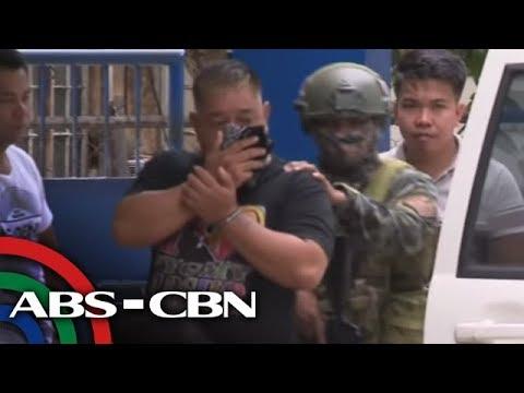 [ABS-CBN]  MMDA enforcer na nagpanggap umanong pulis huli sa pangingikil