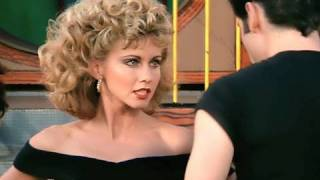 "Grease Sing-A-Long Movie Clip ""You're the One That I Want"""