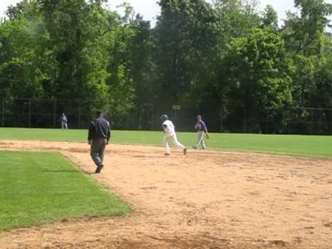 Dons at SP baseball Wade HR 5-20-11.MOV