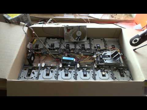 Listen To Tainted Love, Performed By A Bunch Of Floppy Drives (And A HDD)