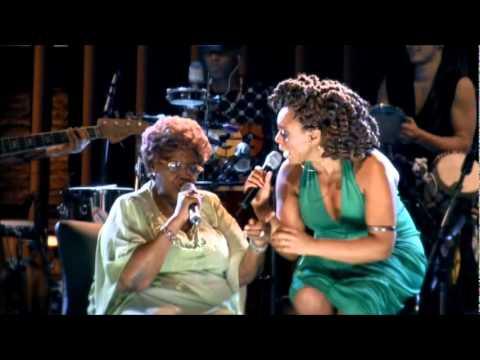 Morre, aos 97 anos, a cantora Dona Ivone Lara
