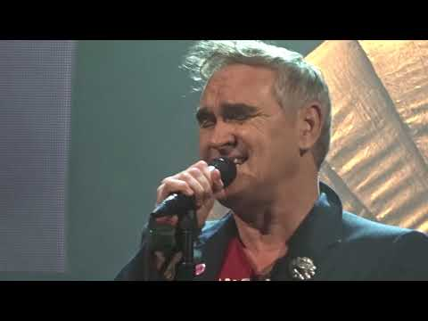 Morrissey (Intro/Wedding Bell Blues) @ Lunt-Fontanne 5/8