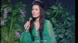 <b>Loretta Lynn</b>  Hello Darlin
