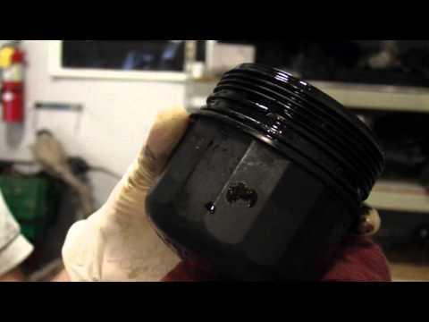 Die Pumpen für das Benzin mit dem Zähler