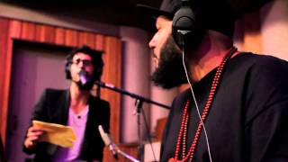 Chromeo - Don't Walk Away (Yours Truly Session)