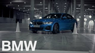 YouTube Video nPGmdr-MpBs for Product BMW 3 Series Sedan (G20) & Touring (wagon, G21) by Company BMW in Industry Cars