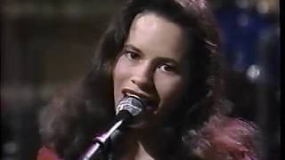 10,000 Maniacs   Trouble Me David Letterman 1989