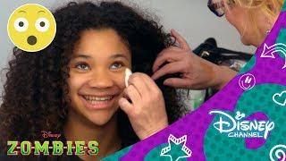 Z-O-M-B-I-E-S: Carpool Zombie-oke | Disney Channel Oficial