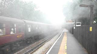 preview picture of video 'Cathedrals Express 60019 as 4492 Winnersh Triangle 7Jul2011'