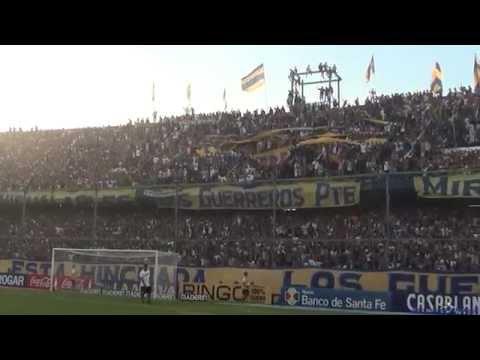 """""""""""Recibimiento"""" - Rosario Central (Los Guerreros) vs San Martin (SJ) - 2015"""" Barra: Los Guerreros • Club: Rosario Central"""