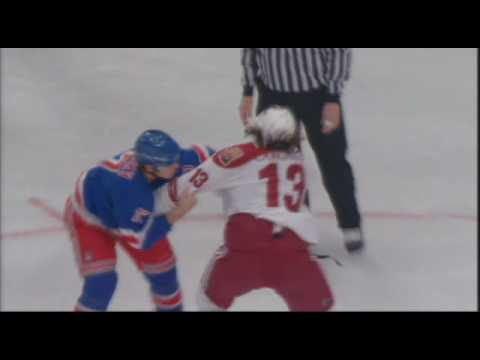 Brandon Dubinsky vs. Dan Carcillo