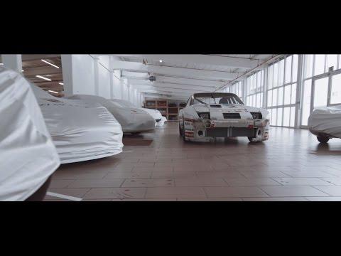 JG Infinite 924 GTR Race Car Short Sleeve t-Shirt