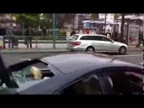 Tự tay phá chiếc xe BMW  M6 trị giá 170.000 USD