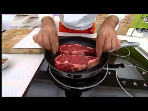 Entrecot con patatas a las finas hierbas - Cocina con Bruno Oteiza