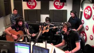 """Kasabian """"I'm So Tired"""" [Beatles Cover] - Acoustic Session @ OUIFM"""