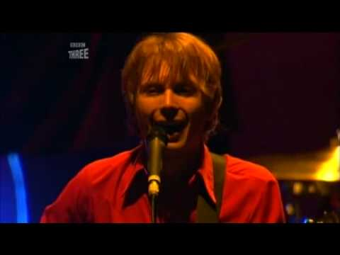Franz Ferdinand - Eleanor Put Your Boots On(Live Reading 2006)