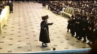 שמחת בית בעלזא חתונה תשע''ח מצוה טאנץ חלק ב' הרה''צ - Belz Wedding 2018 Mitzvah Tantz Part 2