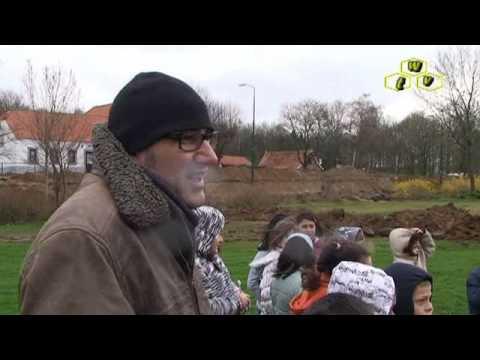1 April grap: Schatgraven bij basisschool Startblok in Cuijk