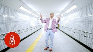 In Tokyo, These Trains Jingle All the Way