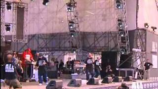 Fabri Fibra - Applausi per Fibra live con Nesli