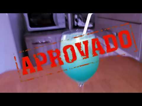 Como fazer LAGOA AZUL (Com e sem álcool) | Preto Na Cozinha|drinks|carnaval|#3