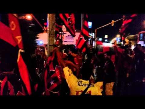 """La 12 - LDA / Empezando Caravana 24/1/15 (Part.1)"" Barra: La 12 • Club: Alajuelense"