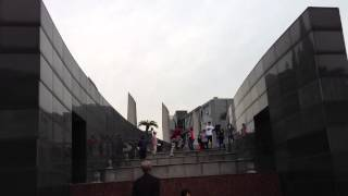 preview picture of video 'Street Dancing at Tianyi Square Ningbo, China'