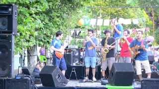 preview picture of video 'Veredazo 2013 - Biblioteca Alberdi - San Andres **COLECTIVO CÓSMICO**'