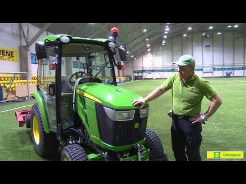 John Deere Kompakttraktor 3045R - film på YouTube