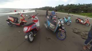 preview picture of video 'Keseruan scoopy lasinrang club pinrang di pantai ammani'
