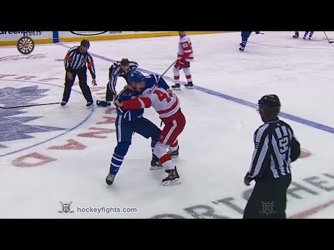 Zach Hyman vs. Darren Helm