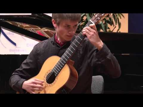 Roland Dyens - Tango en skai [Rostropovich Foundation]