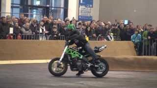 preview picture of video '20140125 Stunt Show mit Chris Rid 03 Motorradmesse Friedrichshafen'