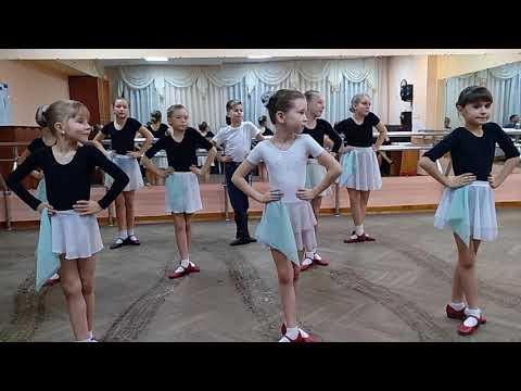 """Открытый урок народного танца. Коллектив """"УЛЫБКА"""""""