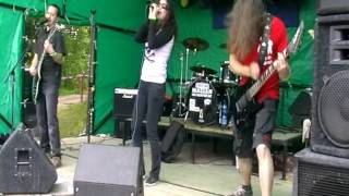 Video Neodůvoditelná lítost, Bornflossrock Žacléř, 29.6.2013, nesestří