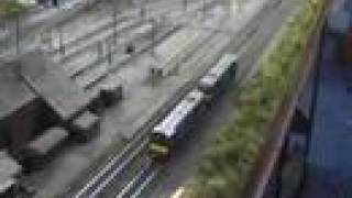 preview picture of video 'Bambury Shed Model Railway early April 2008'