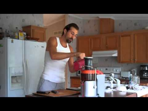 Video JUICE RECIPE FOR ENERGY AND STRENGTH