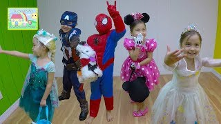 Disney Kids Costumes Runway Show! 42 Halloween Costume Ideas