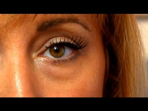 Makeup For Wrinkled Eyes : Makeup Tips & Tricks