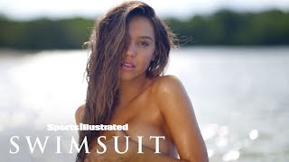 Alexis Ren Feels Herself, Dances For You In Aruba   Swim Adventure   Sports Illustrated Swimsuit