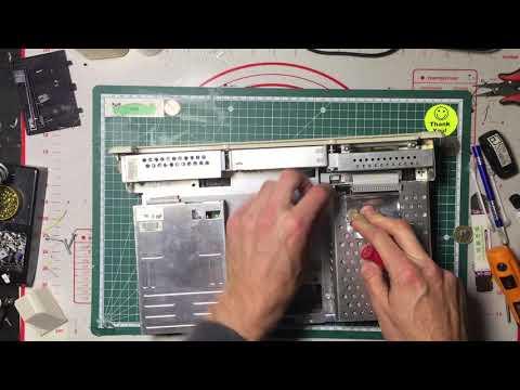 Disassembling a Compaq SLT Luggable/Portable/Laptop computer