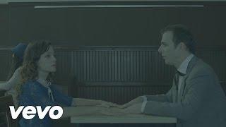 Video La Fugitiva de Natalia Lafourcade feat. Kevin Johansen