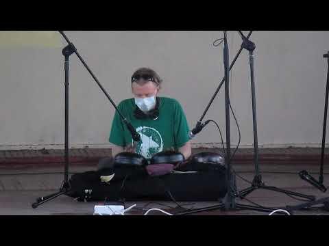 Paf83 - Павел Бочкарёв играет на глюкофонах Зеленый остров 17 мая 2015г