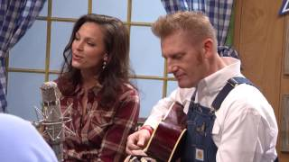 "Joey and Rory sing ""That's Important to Me"""
