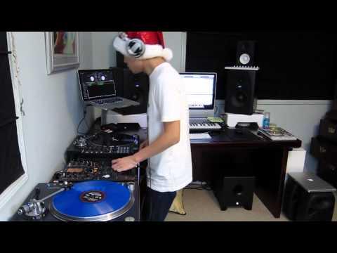 DJ Ravine's 2011 Christmas Mix